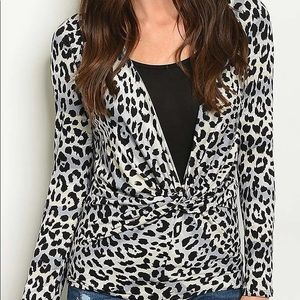 Tops - Snow Leopard Long Sleeve Top With Black Underlay